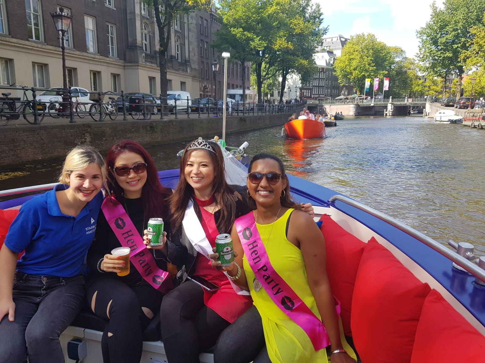 amsterdam boat party